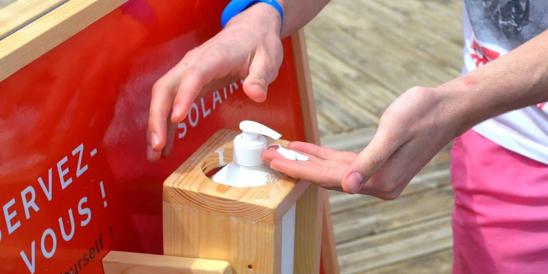 Distributeurs et livraison de crème solaire à Biarritz